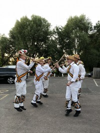 Rutland Morris Men performing outside The White Lion Inn